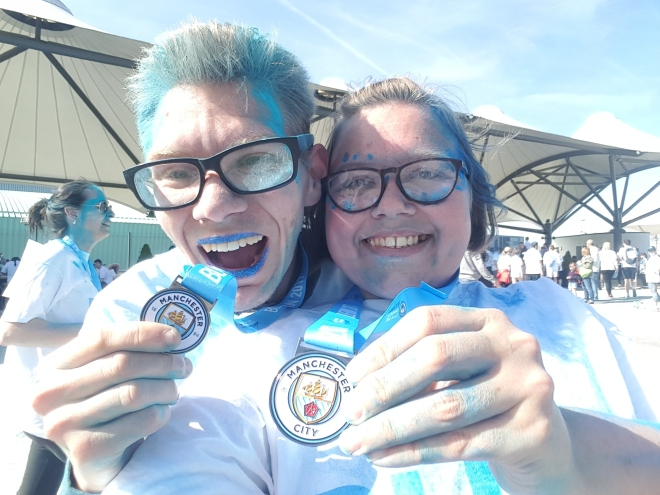 Medal winners: Kris and Fern